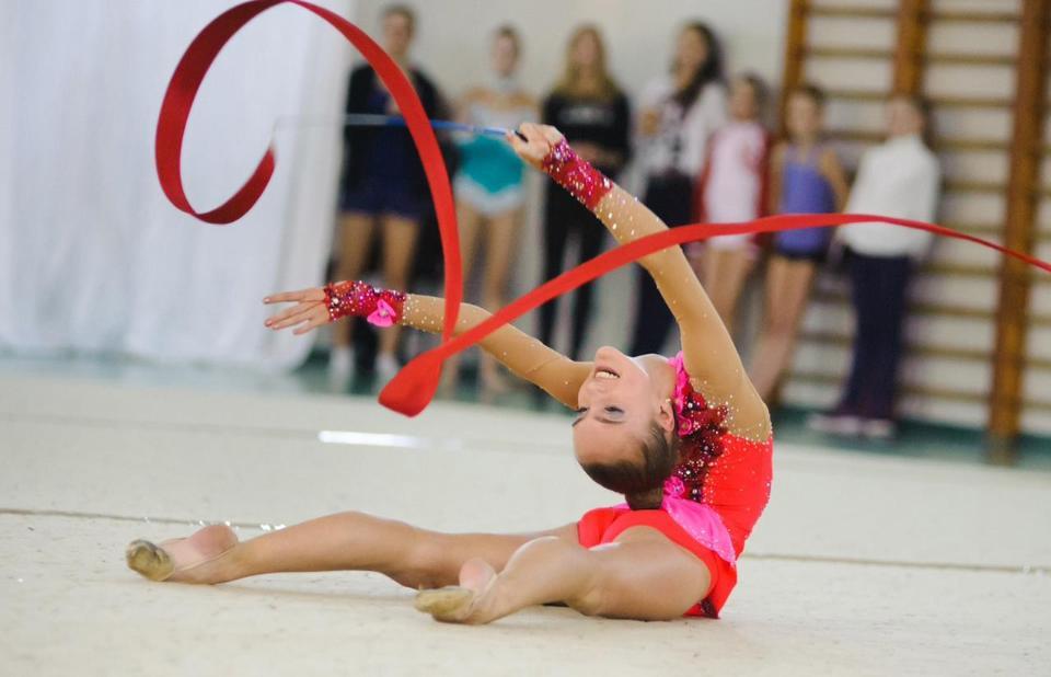 Выбираем спортивную секцию для ребенка: художественная ...