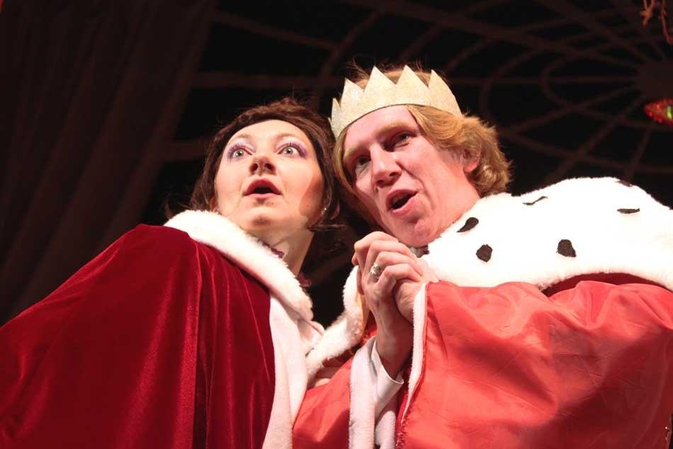 Королева - спектакль Щелкунчик.jpg